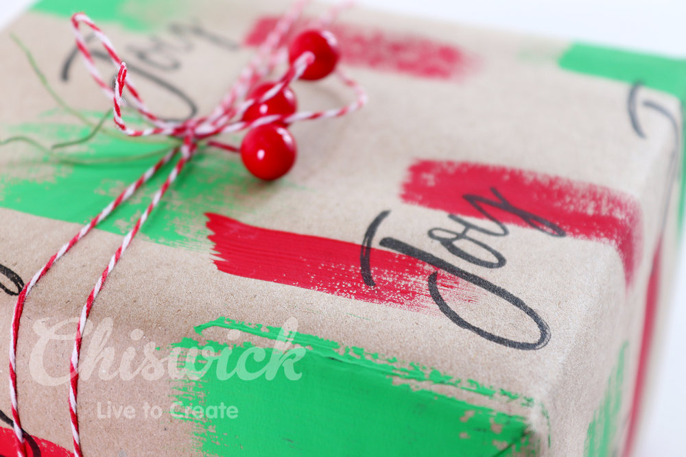 Make your own Gift wrapping paper for Christmas.